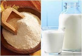 Bột gạo- sữa tươi cặp đôi hoàn hảo làm đẹp cho da