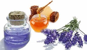 Mặt nạ mật ong và Tinh dầu oải hương làm trắng da từ thiên nhiên