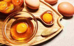 Mật nạ mật ong trứng gà