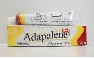 Adapalene có thể kết hợp với nhiều thành phần