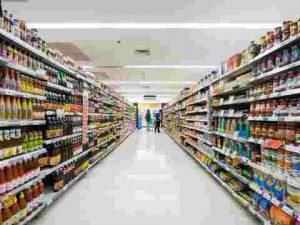 Baking soda được bán trong các siêu thị, hiệu thuốc