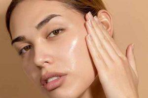 Khóa ẩm - Bước quan trọng trong quy trình chăm sóc da