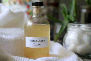 Toner giấm táo cân bằng da, kiềm dầu se khít lỗ chân lông và ngừa mụn